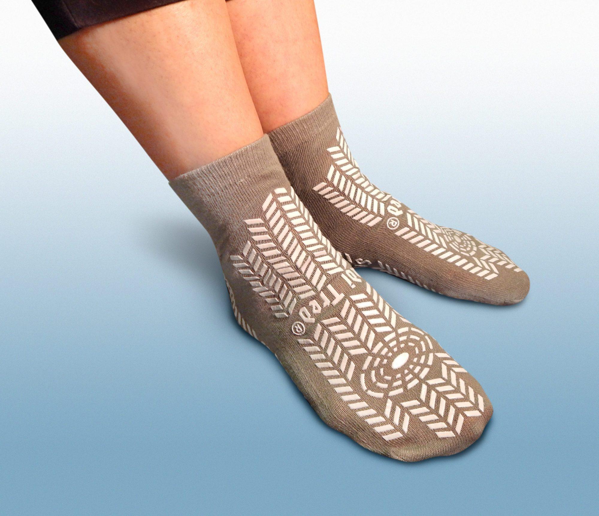 NEW!! Stedi Tred Fall Prevention Slippers